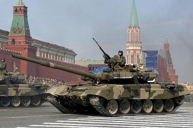 Т-90 ракеты сирийских повстанцев не берут