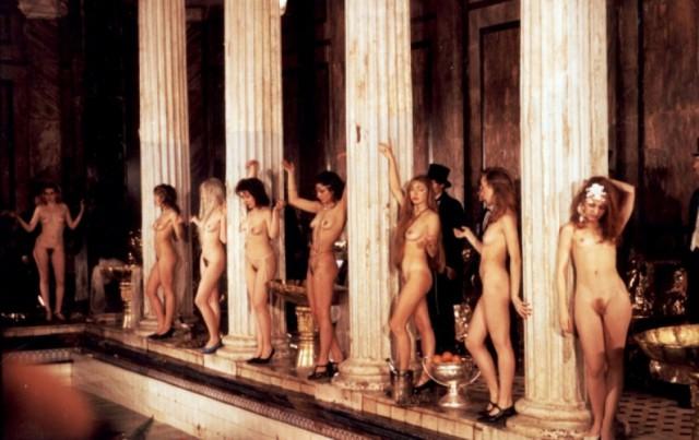 фильм голых женщин фото