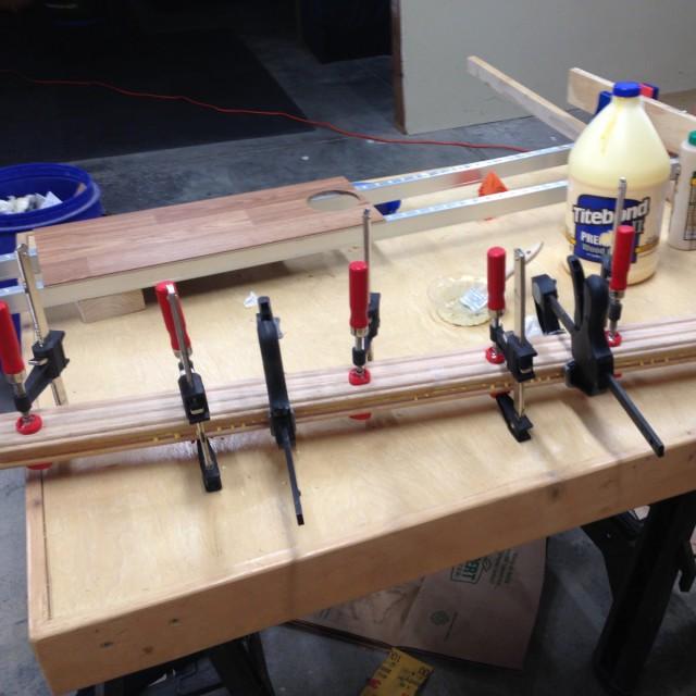 Строим устройство для фугования на рейсмусе