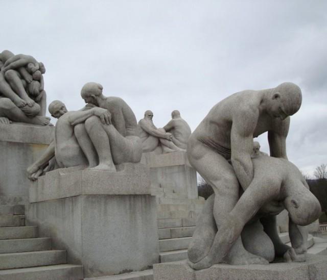 10 самых откровенных скульптур мира