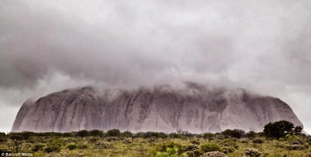 Водопады на Айерс-рок