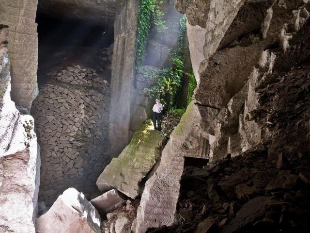 Фееричный кубизм или Подземная крепость