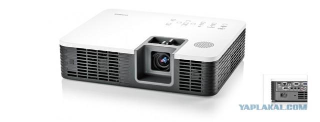 Мск, в продаже проектор недорого