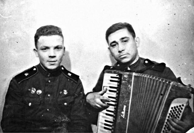 Армейское фото Михаила Светина