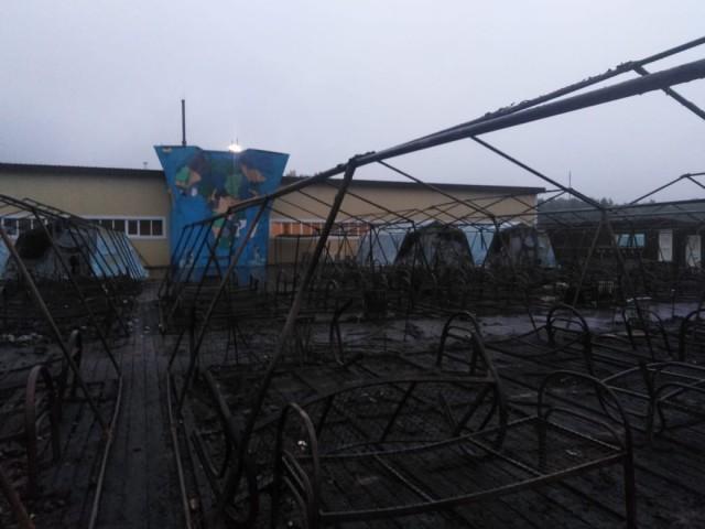 10 человек пострадали при пожаре в палаточном лагере в Солнечном районе Хабаровского края.