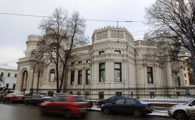 Дмитрию Медведеву нашли офис в «доме с ракушками» в районе Арбата