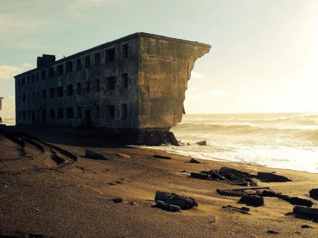 Кому квартира  с видом на море? Бесплатно!