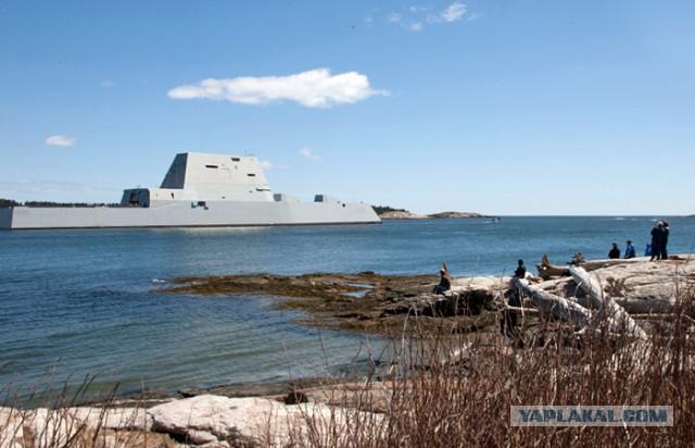 Новейший эсминец ВМС США Zumwalt опять сломался