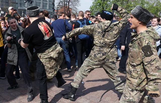 Власти Москвы не привлекали казаков к разгону акции оппозиции 5 мая