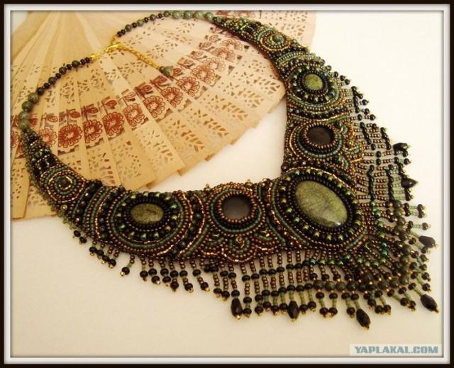 Изделия из бисера ожерелье