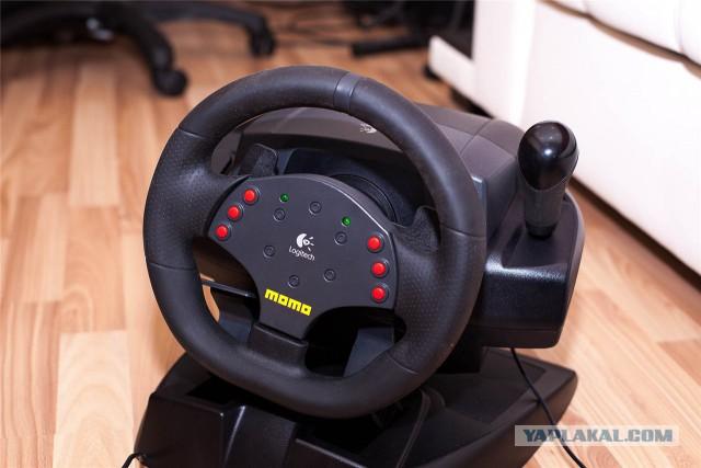 Продам игровой руль Момо 1000р