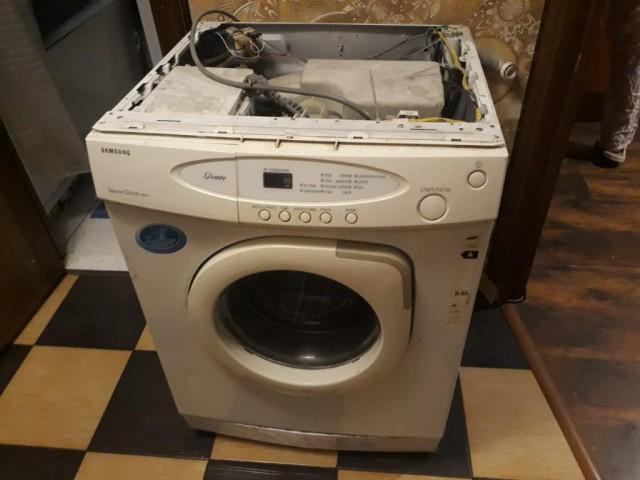 Не очень исправная стиралка в добрые руки - Москва