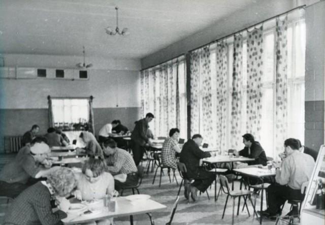 Клуб недоедальцев и пострадальцев от Совка.