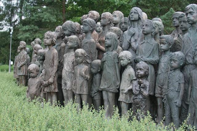 Памятник 82 детям, убитым нацистами в Чешской Республике