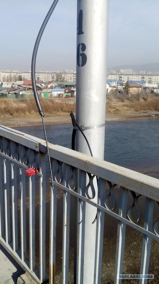 Уничтожение камеры ГИБДД в Чите