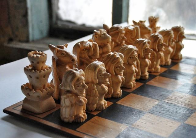 Сделать шахматы из дерева своими руками