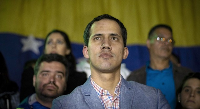 Хуан Гуайдо - лидер оппозиции Венесуэлы объявил себя и.о. президента