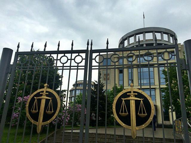 Судья Мосгорсуда Александр Молчанов, который устроил смертельное ДТП, отправился... нет, не в колонию, а на свободу