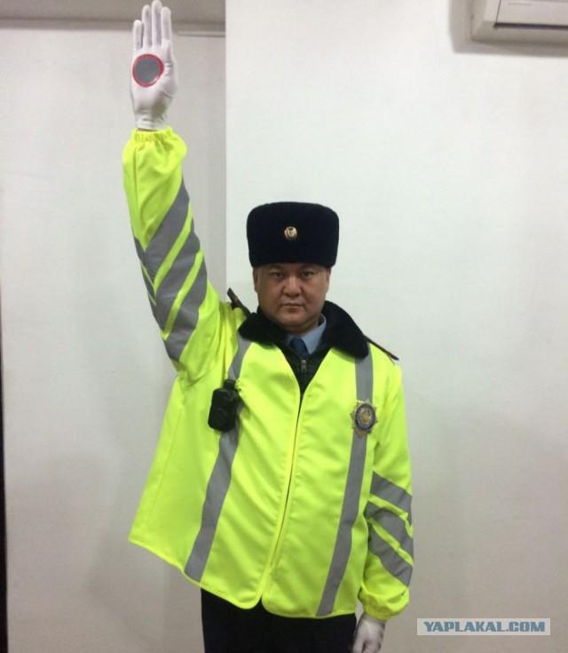 Как выглядит полиция Казахстана после отмены жезлов