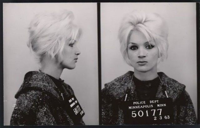 Плохие девочки: фото американских преступниц 60-х годов XX века