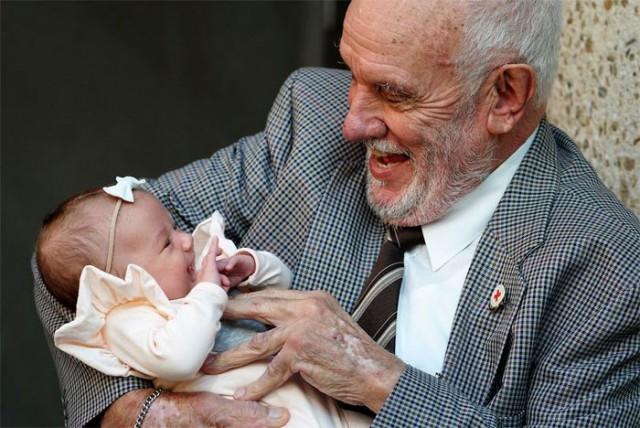 Австралиец спас миллионы детей, сдав кровь более 1150 раз