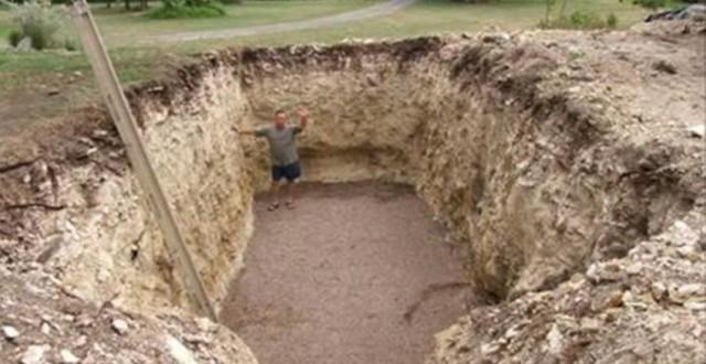 Все думали, что он копает яму под бассейн