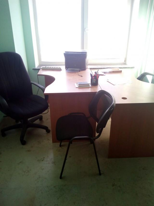 Офисная мебель. Продам срочно.