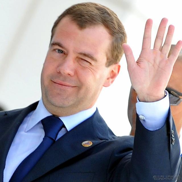 Дмитрий Медведев утвердил приоритет перекрёстков с круговым движением