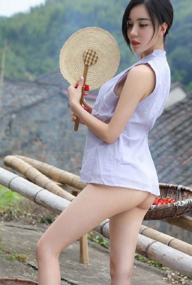 Korean slut with big tits