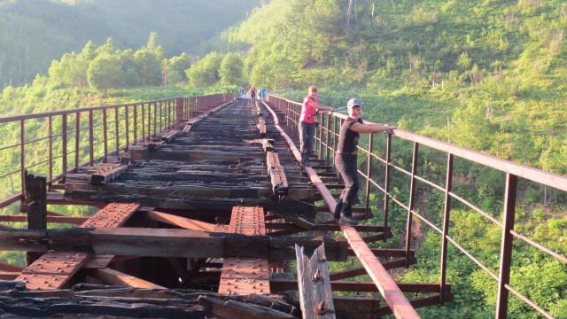 Сахалин. Путешествие без туроператоров. Часть первая.   Пешком по старой железной дороге.