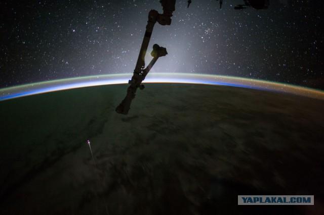 Грузовой корабль Dragon второй раз вернулся на Землю с МКС