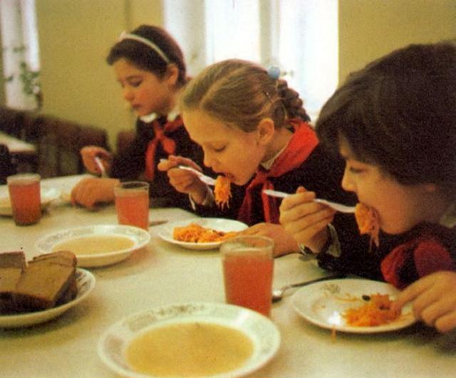 Прелести школьной советской столовой