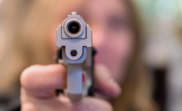 Супруги застрелили захватившего их в заложники убийцу в штате Миссисипи