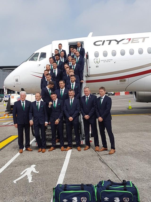 Сборная Ирландии отправилась на Евро 2016 на Суперджете