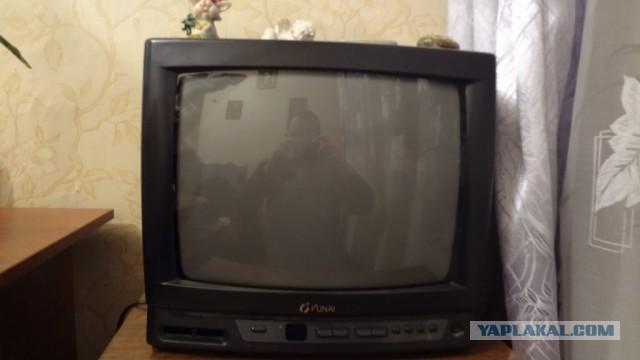 Отдам 2 телевизора