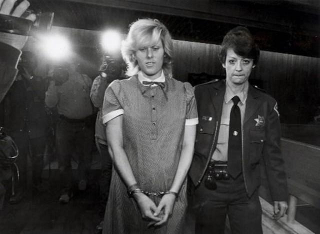 Самые жестокие женщины-убийцы (10 фото)