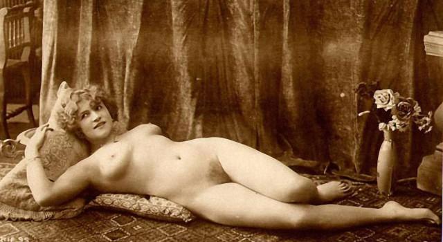 retro-fotografii-erotiki