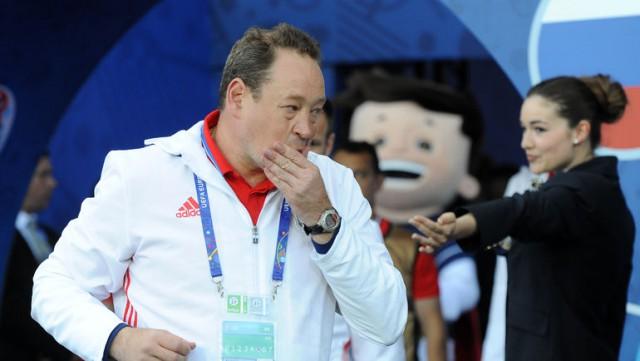 Слуцкий подал в отставку с поста главного тренера сборной России