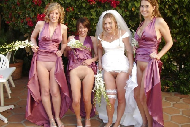 golie-devki-na-svadbe