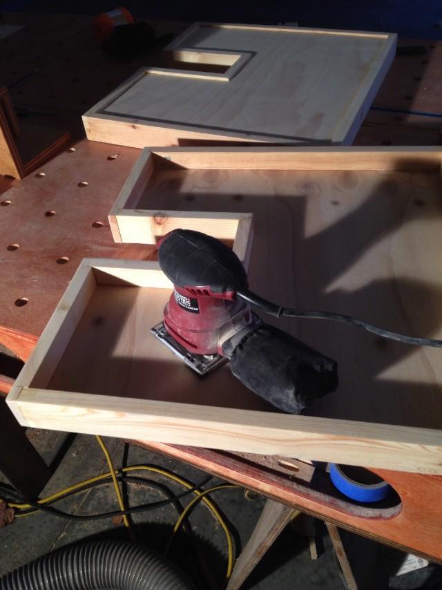 Выдвижные ящики в шкаф под раковину.  Сделай сам.
