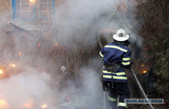 Неизвестный вертолет обстрелял усадьбу возле имения Порошенко