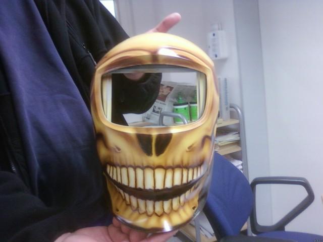 Рисунок на сварочной маске своими руками 86