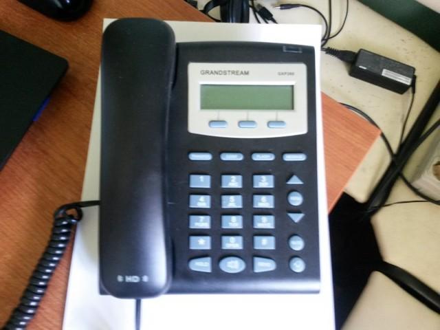 Продам VoIP телефон и ноутбук