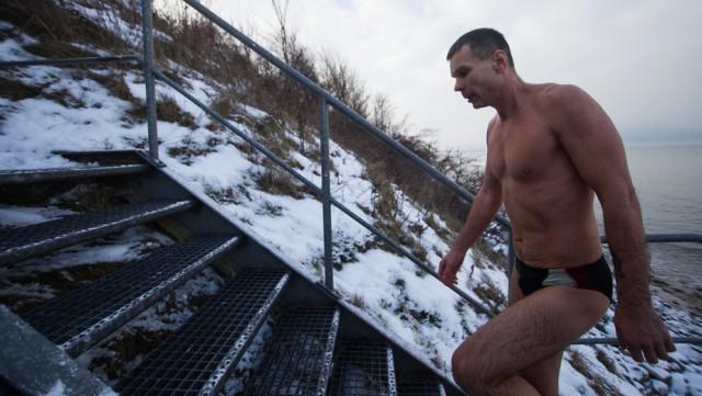 Зеленоградский любитель экстрима решил на год замуровать себя в подвале без еды и воды