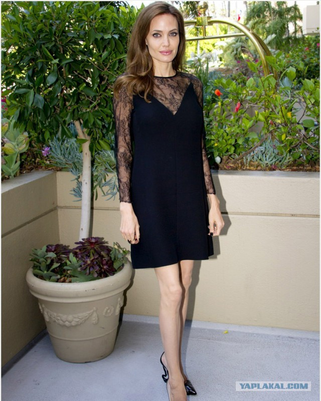 Анджелина Джоли умирает?