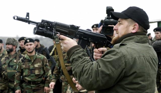 Кадыров разрешил стрелять в силовиков