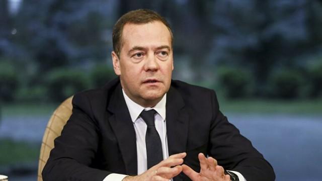 Многие мигранты оказались без средств к существованию, заявил Медведев