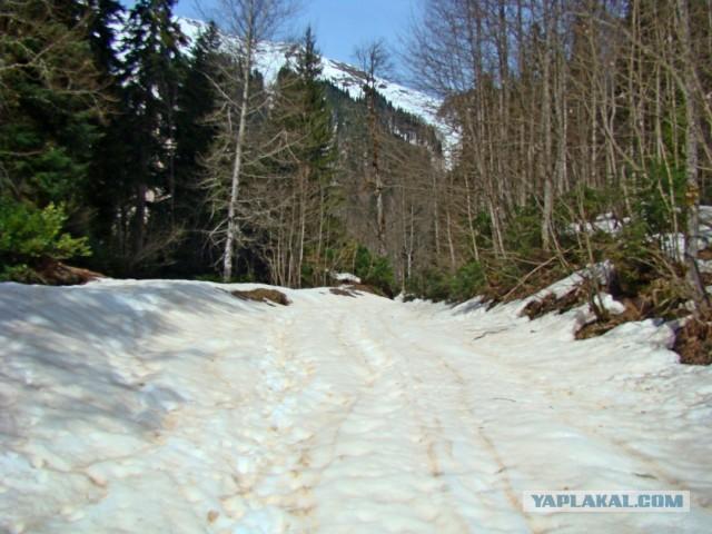 Один апрельский 2010г день в Абхазии