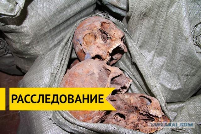 Полк погибших советских солдат хранится в сарае