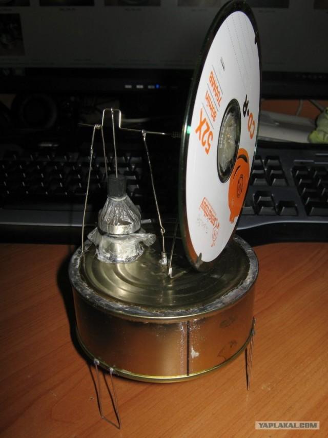 Модель двигателя Стирлинга из консервной банки.